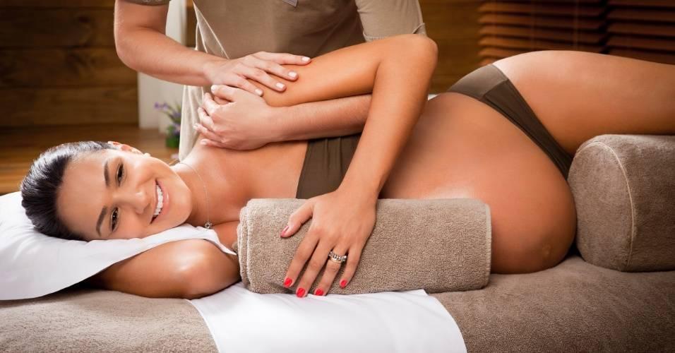 A massoterapia pode ser uma grande fonte de alívio e prazer na gestação.
