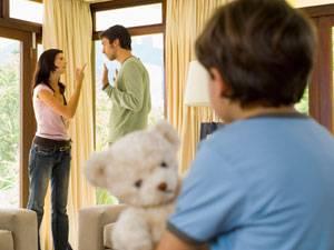 parents-fighting
